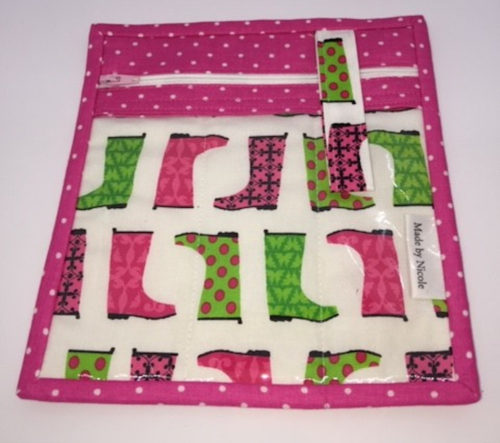 Access_Pouch_Pink_Green_Boots_1_1000x900