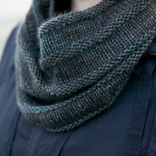 Simple Yet Effective Cowl Pattern